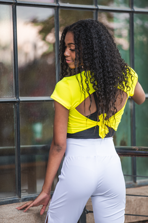 Breezy Tee - Neon Yellow