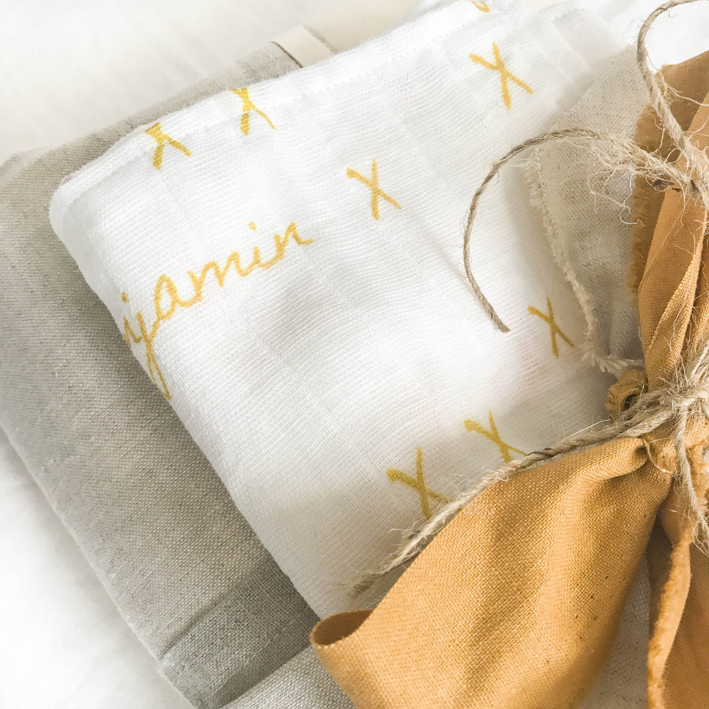 Six reasons our organic baby wrap will top your gift list.
