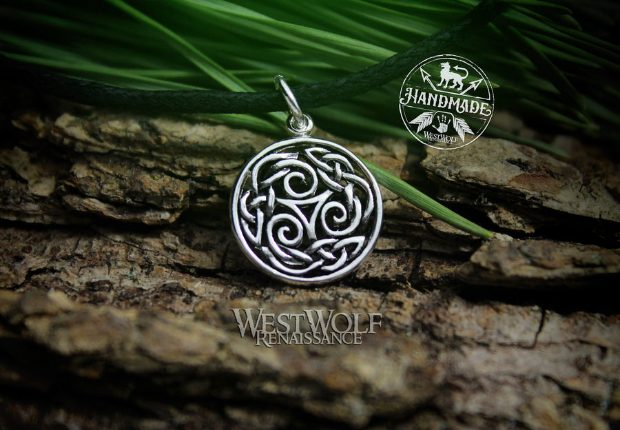 Small Celtic Triskelion or