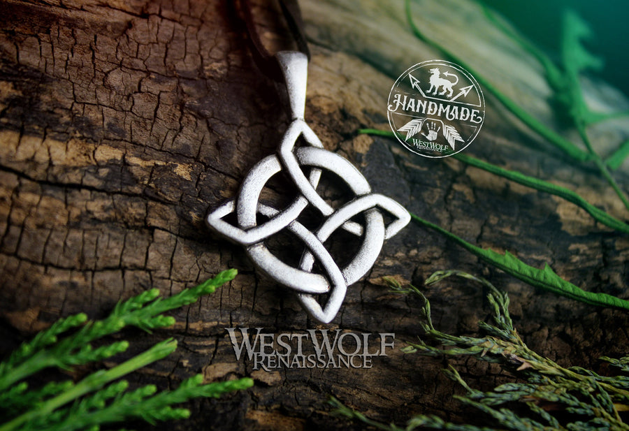 Celtic Knot Cross Pendant - Center of Divine Energies