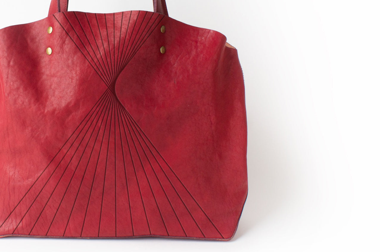 Autotype + Moore & Giles Lineas Tote - Scarlet - Cropped