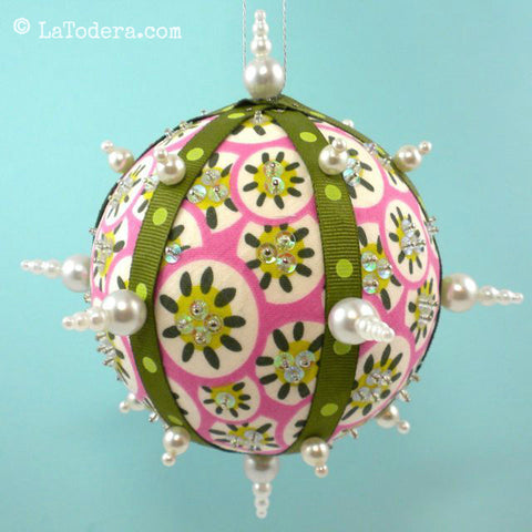 Free Pattern La Todera Christmas Ornaments