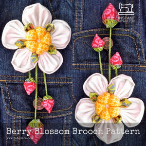 DIY Fabric Flower Berry Bunch Brooch Tutorial - PDF Sewing Pattern - La Todera
