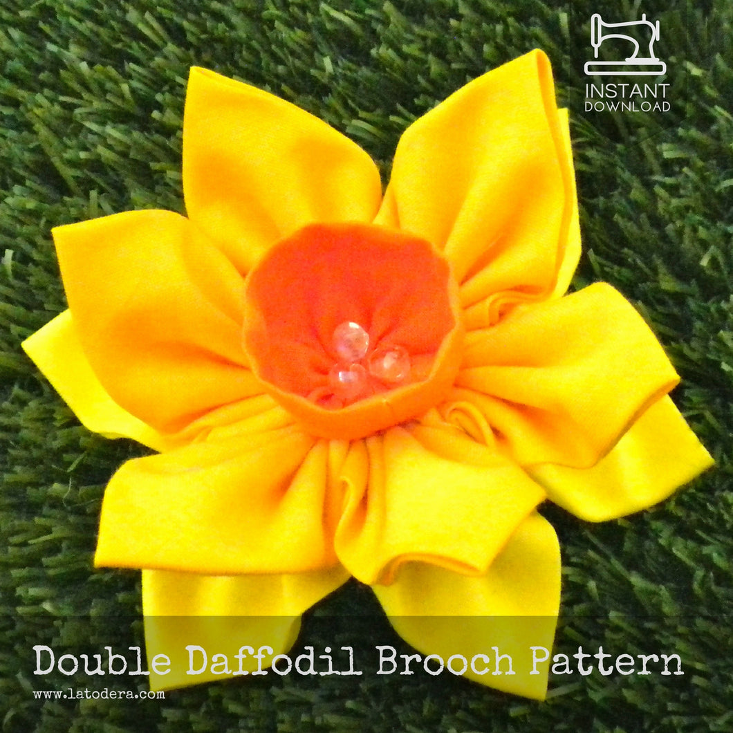 DIY Fabric Flower Daffodil Brooch Tutorial - PDF Sewing Pattern - La Todera