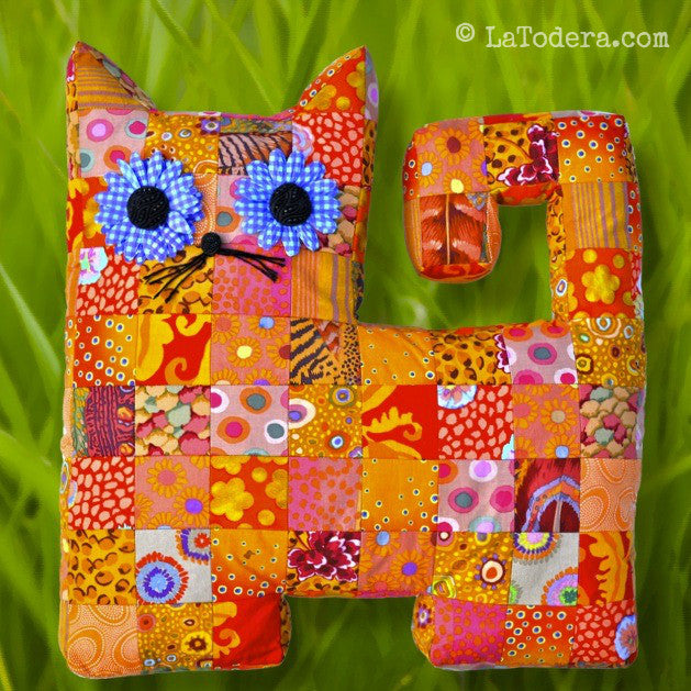 Diy Mama And Baby Patchwork Cat Pillows Tutorial Pdf Sewing
