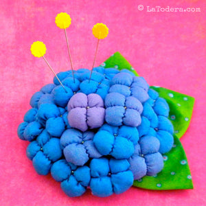 DIY Fabric Flower Hydrangea Brooch Tutorial - PDF Sewing Pattern - La Todera