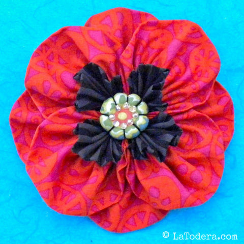 Proud Poppy Brooch PDF Pattern - La Todera