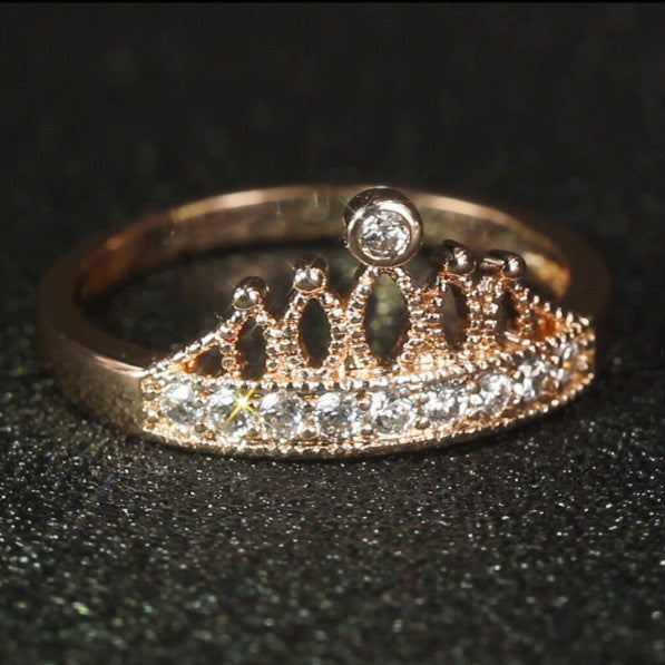 Queen Crown Ring - Cargobayy
