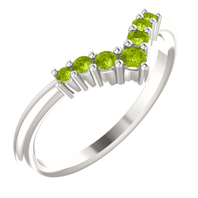 72077-Peridot-Sterling-Silver-Graduated V Ring-7-stones-2 mm Round Shape