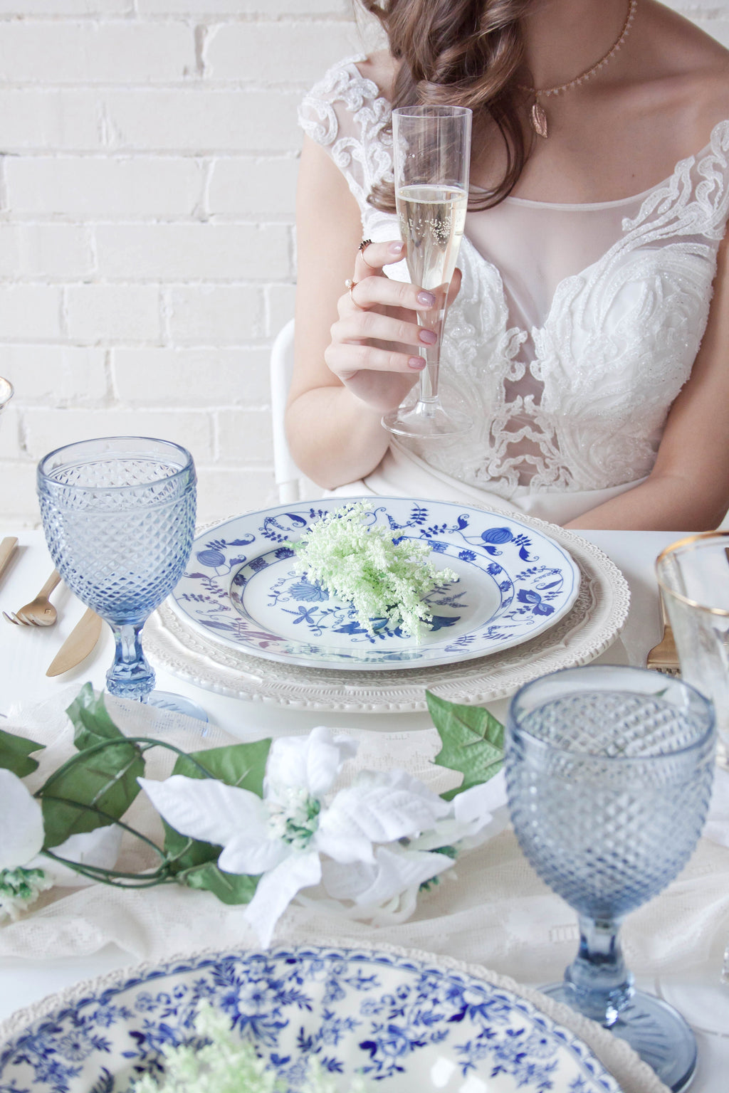 loveatfirstblush blue and white table setting summer bridal photoshoot