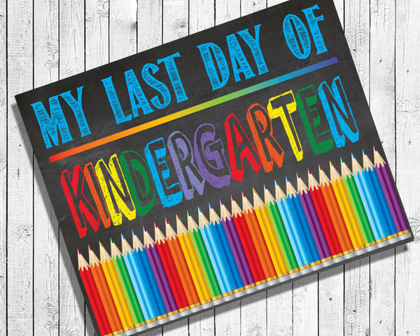 Last Day of School, ALL GRADES Digital Photo Prop, 8x10 Printable Art, INSTANT Download, Faux Chalkboard
