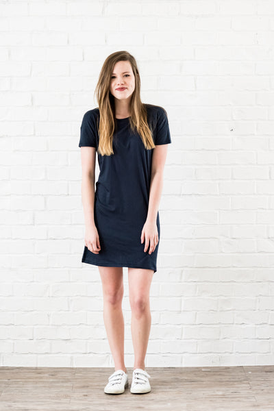 essential tshirt dress - midnight
