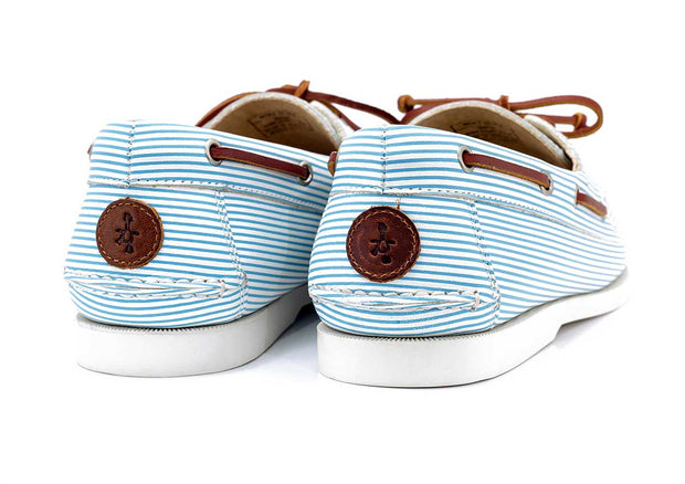 seersucker boat shoe froats logo white blue stripe pattern