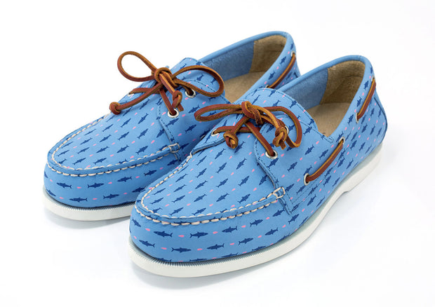 sharks and minnows light blue boat shoes