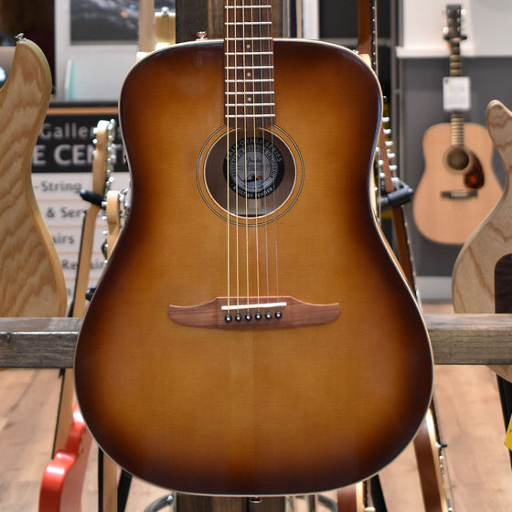 Fender Redondo Classic Aged Cognac Burst Electro Acoustic Guitar w/ Deluxe Gig Bag