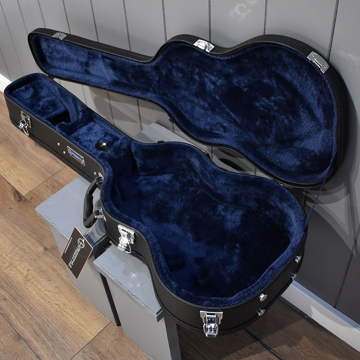Freestyle Mini Acoustic Hard-Shell Wood Guitar Case