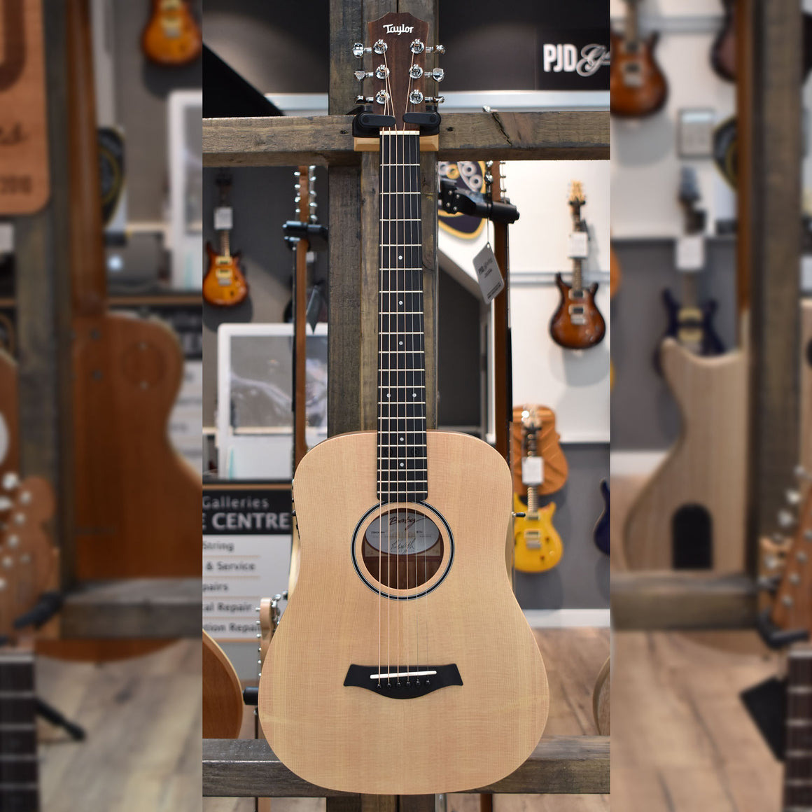 Baby Taylor BT1-e Walnut Acoustic Guitar with Taylor gig bag