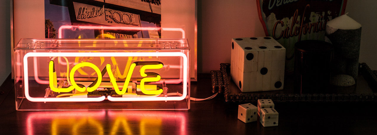 Neon Signs for your Home Deco