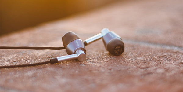 """The Best In-Ear Headphones Under $100"" – Picky Ears [ Center ]"