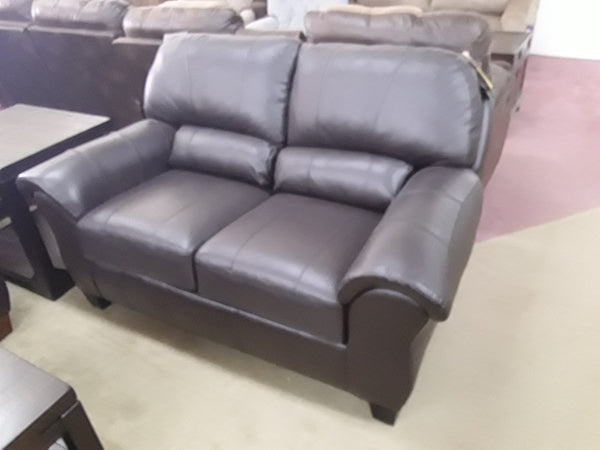 Birkett Loveseat By Best Home Furnishings