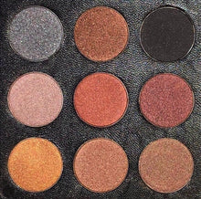 Load image into Gallery viewer, OH SO SHURRELL EYESHADOW PALETTE