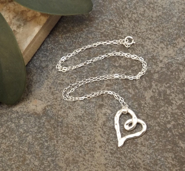 Aimee - Heart Necklace 1