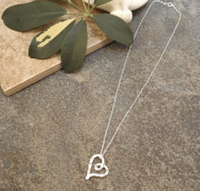 Load image into Gallery viewer, Aimee - Heart Necklace
