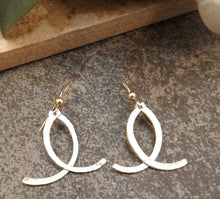 Load image into Gallery viewer, Caitlyn - Silver and Gold Earrings