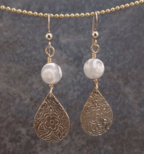Load image into Gallery viewer, Bronze and Stone Earrings