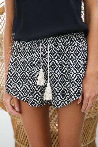 Erin Drawstring Tassel Shorts [2 Variants]