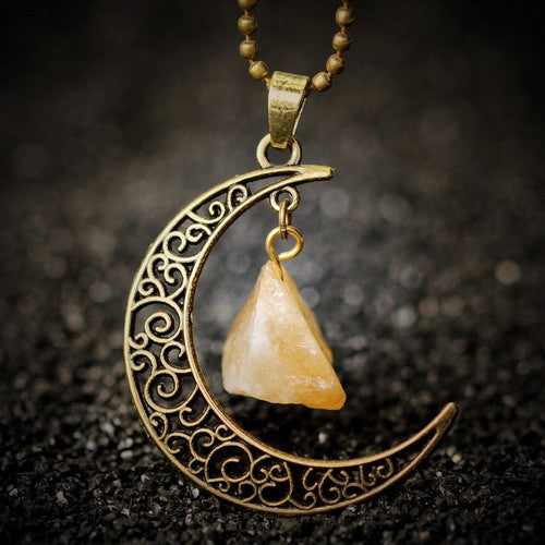 Vintage Crescent Moon Necklace