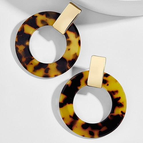 Chloe Round Earrings