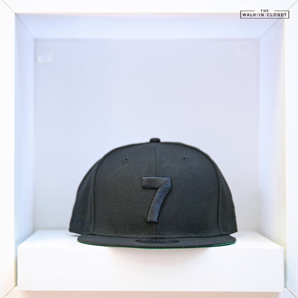 COMPOUND 7 NYC20 TRIPLE BLACK NEW ERA 9FIFTY SNAPBACK