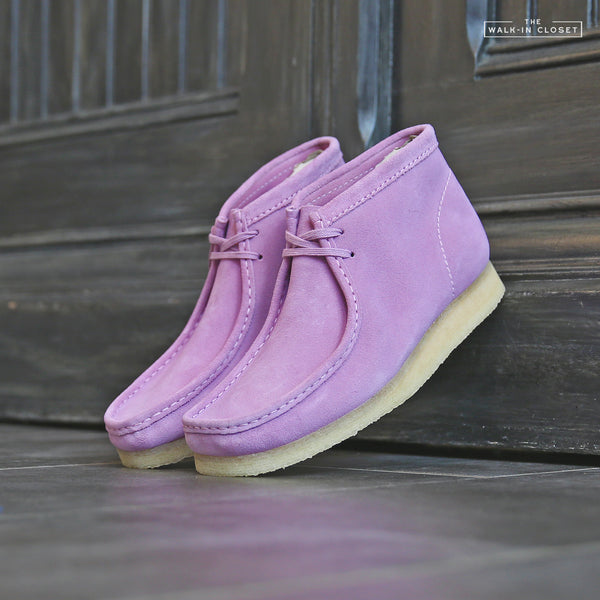 "CLARKS ORIGINALS WALLABEE BOOT ""LAVENDER SUEDE"" - 26143241"