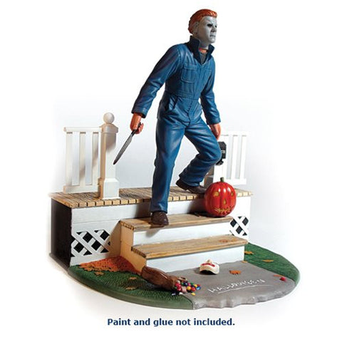 Halloween Michael Myers 1:8 Scale Light-Up Model Kit - Far West Toys