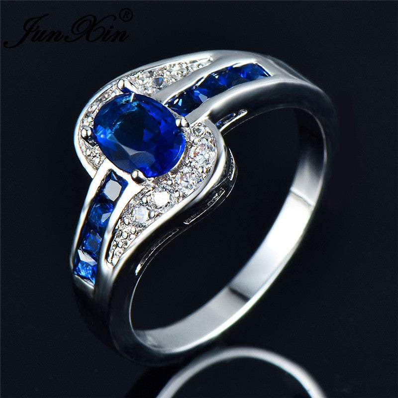 December's Birth Stone Ring - Blue Topaz - The GearBuyz Store