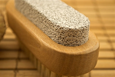 Pumice Nail Brush - Emz Blendz