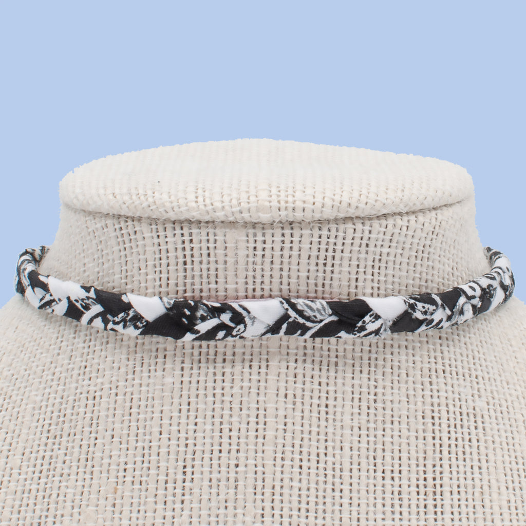Ebony and Ivory Choker