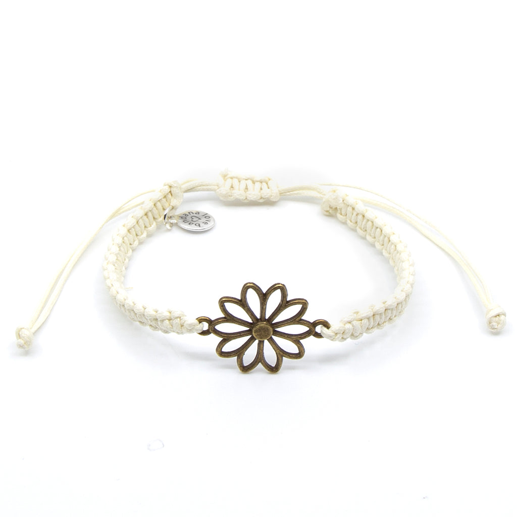 English Daisy String in 3 Colors