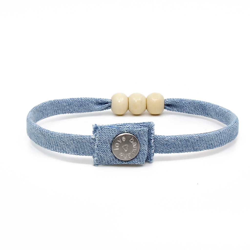 Three Beads Chambray with Ivory