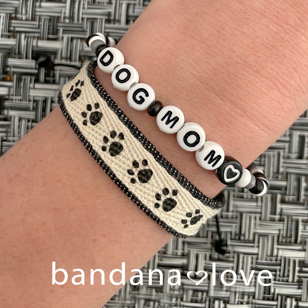 Paw Prints Band in Two Styles