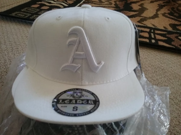 All White A Fitted Baseball Cap