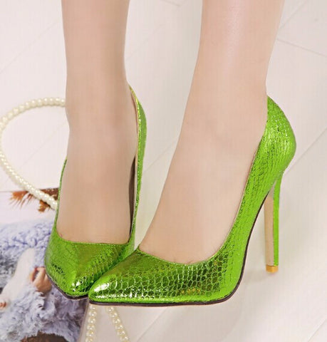 Trendy Green Snakeskin Party Heels