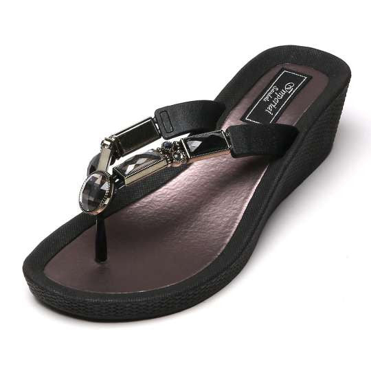 Thong Sandal Bamboo Black Wedge Hill