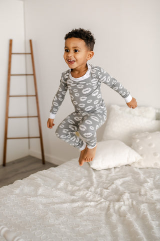Little Sleepies Two-Piece Bamboo Viscose Pajama Set - Gray Kisses
