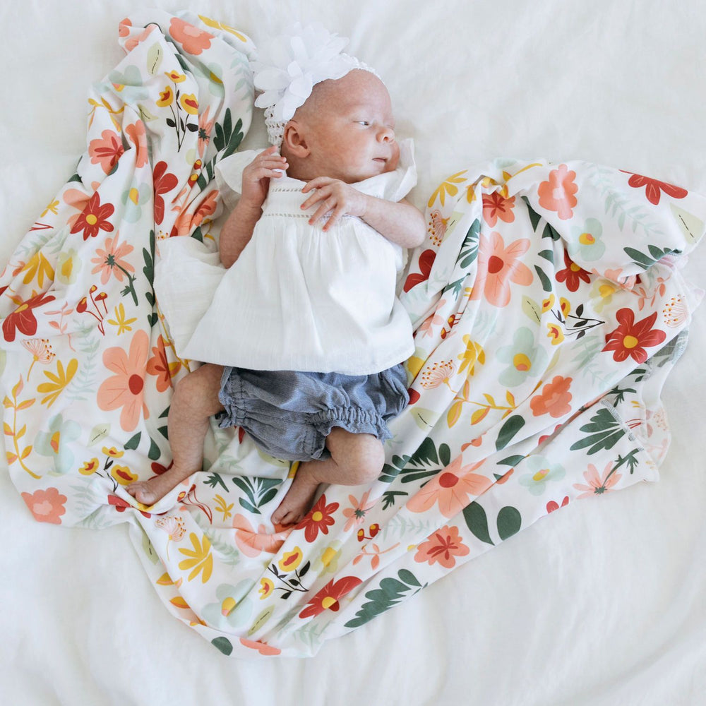 Saranoni Stretchy Swaddle - Modern Floral