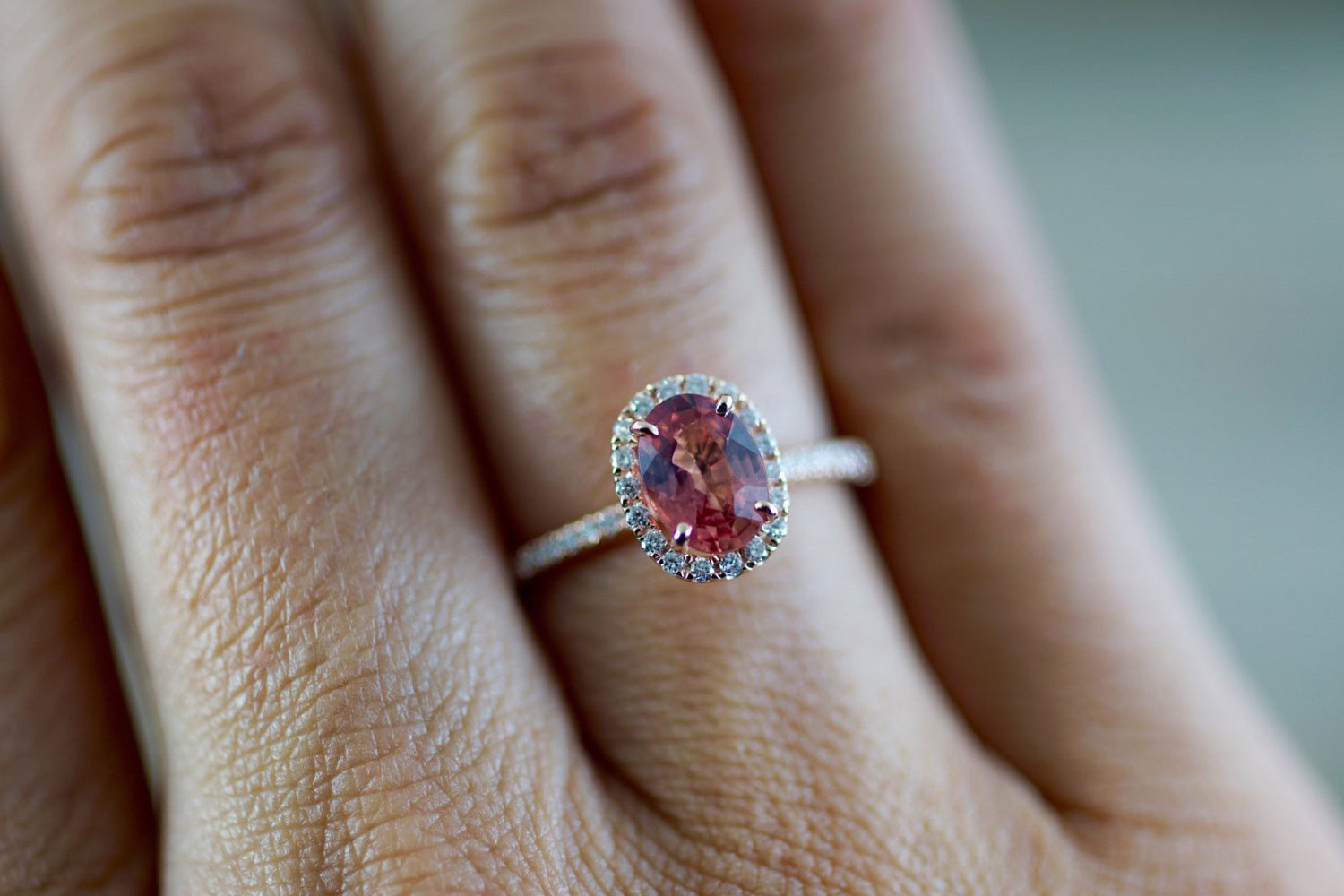 Oval peach sapphire and diamond ring - 6