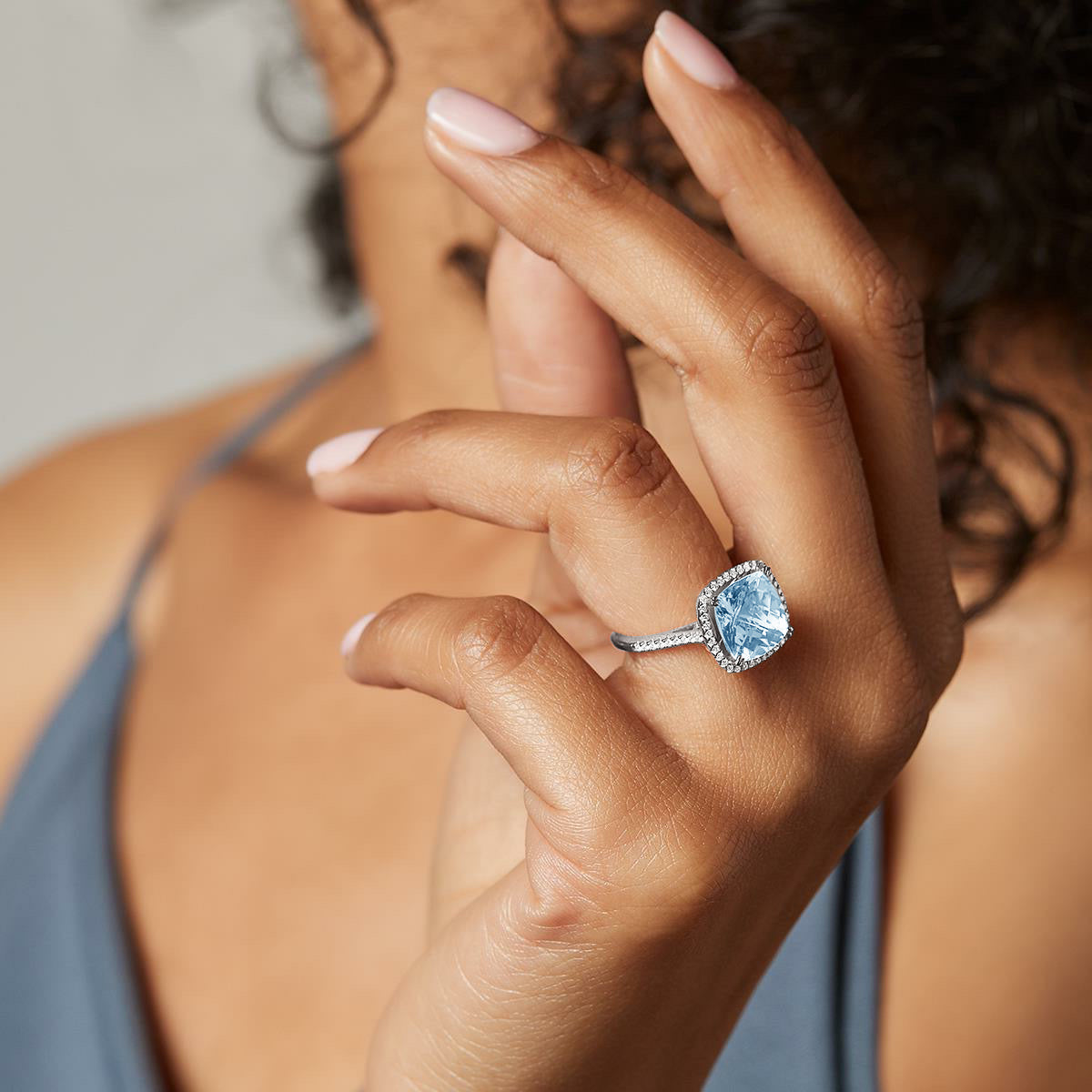 Cushion cut aquamarine and diamonds ring - 5