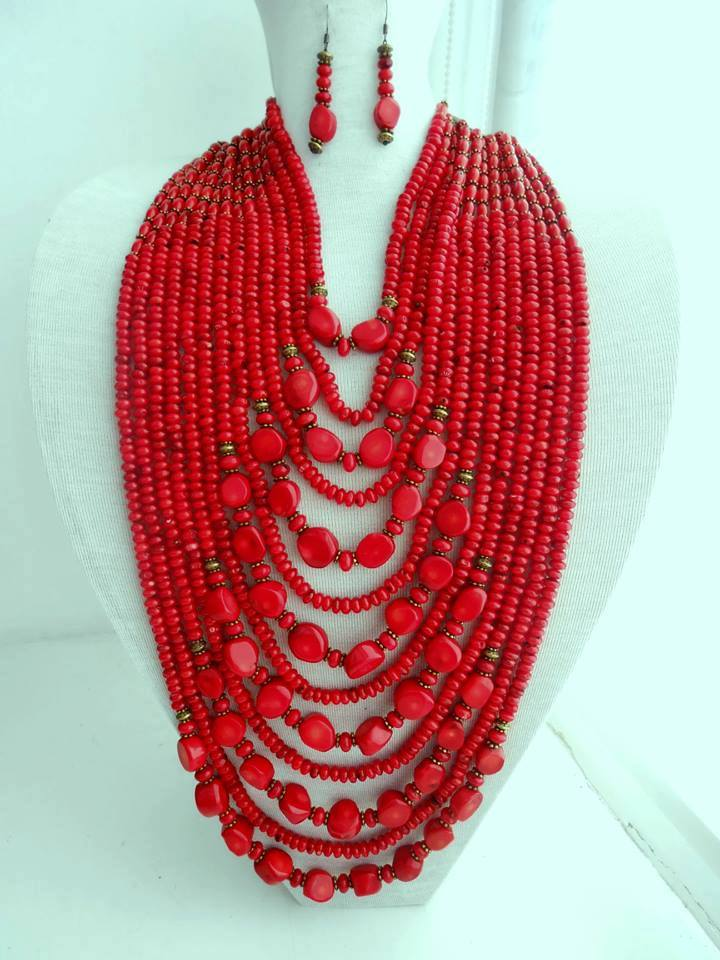 Natural coral statement necklace and earrings set - 1