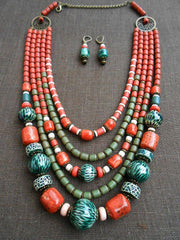 Chunky bead necklace - 2